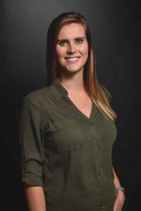 Jakkie Yurchevich | Physiotherapist | Evolve Chiropractic and Wellness | Downtown Calgary